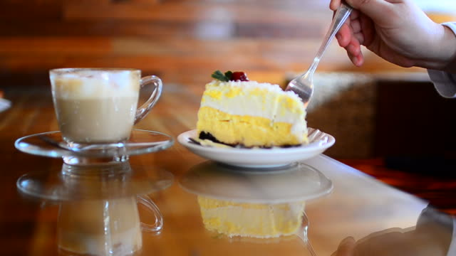 HD:Coffee shop with cake and coffee for relaxation