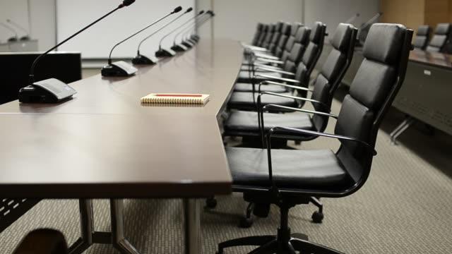 hd :コンファレンスルームのモダンなインテリアデザイン - 会議用テーブル点の映像素材/bロール
