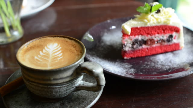 HD:Hot coffee with strawberry cake
