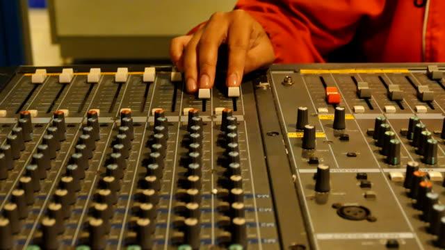 HD:Live Mixing Desk