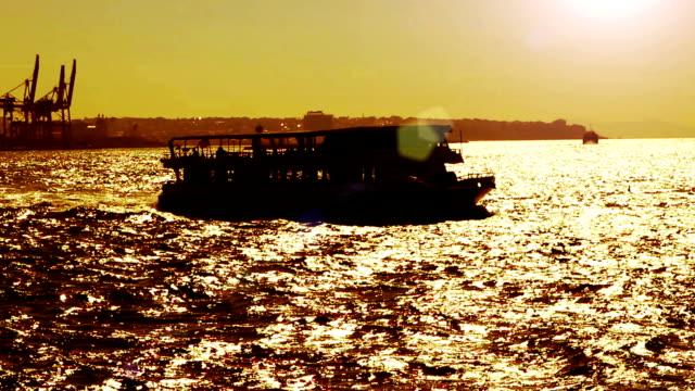 hd :船舶,istanbul - nautical vessel点の映像素材/bロール
