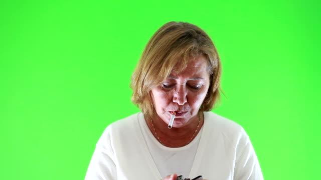 hd:quit smoking chroma key - smoking issues stock videos & royalty-free footage