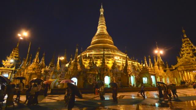 hd: shwedagon-pagode myanmar - turmspitze stock-videos und b-roll-filmmaterial