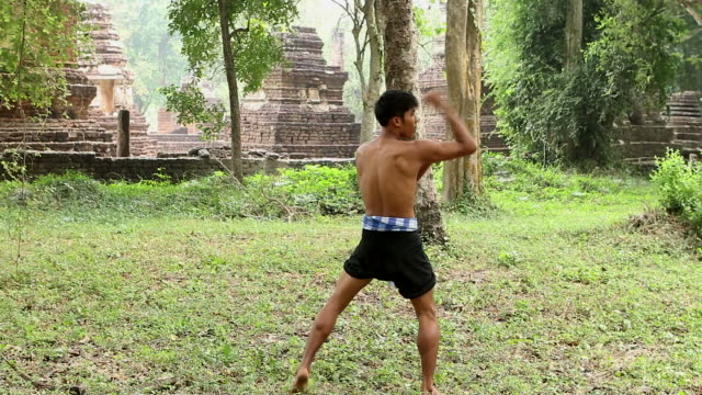 hd:thai boxing. - muay thai stock videos and b-roll footage