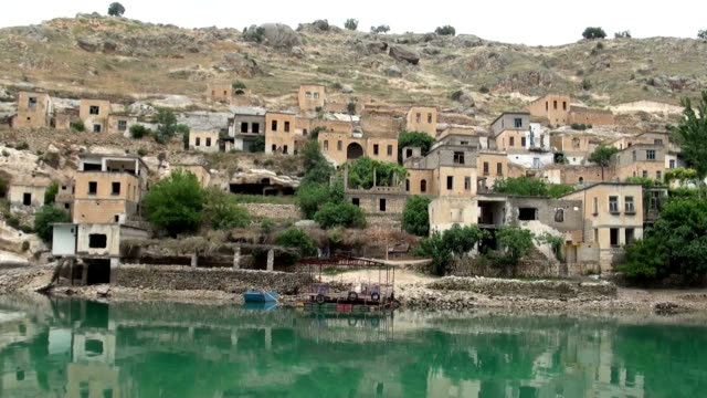 hd:under water city, halfeti, sanliurfa, turkey - mesopotamia stock videos and b-roll footage