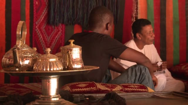 stockvideo's en b-roll-footage met he has been living in bamako for 37 years feels good there and contributes to the intermingling of cultures in a divided mali mohammed ag ossad a... - staatsgreep