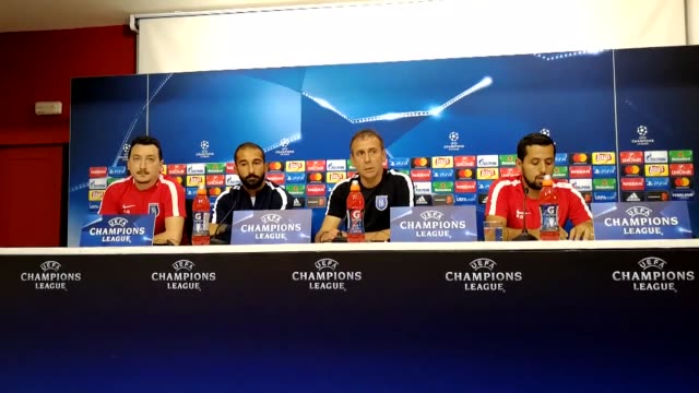 vídeos de stock e filmes b-roll de head coach abdullah avci and goalkeeper volkan babacan of medipol basaksehir hold a press conference ahead of the uefa champions league playoff match... - conferência de imprensa