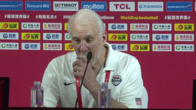 stockvideo's en b-roll-footage met head coach gregg popovich of the united states and khris middleton speak during press conference following the 2019 fiba world cup group e match... - wereldkampioenschap sport