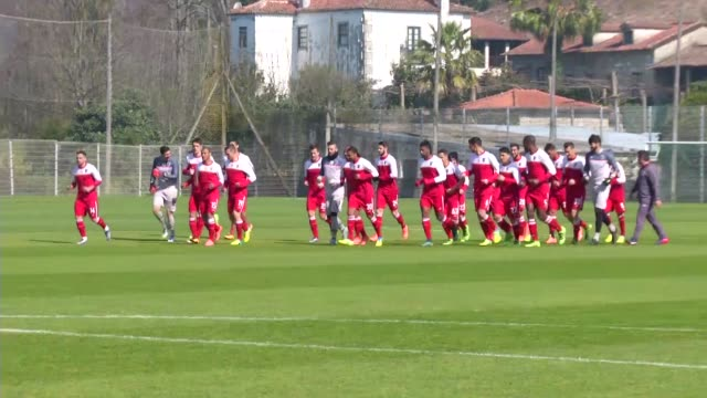 Head Coach of Braga Paolo Fonseca and players attend a training session at the club's facility prior to the UEFA Champions League round of 16 second...