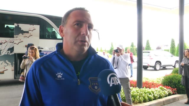 head coach of kosovan natinonal team albert bunjaki players of kosovo bernard berisha and vedat muric speak to journalists ahead of 2018 fifa world... - internationaler fußball stock-videos und b-roll-filmmaterial