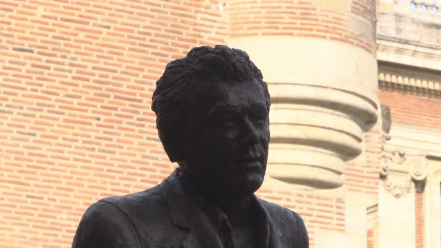 head of bronze statue of claude nougaro - toulouse stock videos & royalty-free footage