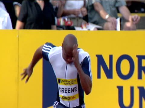 head on track as maurice greene wins men's 100m heat 2 2004 crystal palace athletics grand prix london - dynamics stock videos and b-roll footage