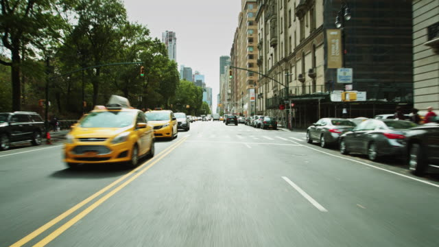 vidéos et rushes de heading downtown on central park west - destination de voyage
