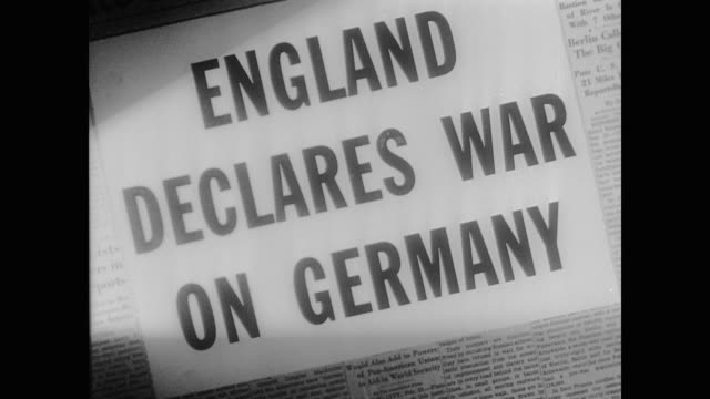 vídeos de stock, filmes e b-roll de headline england declares war on germany - primeira página de jornal
