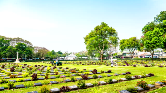 headstones at kanchanaburi war cemetery in thailand - remembrance sunday stock videos & royalty-free footage