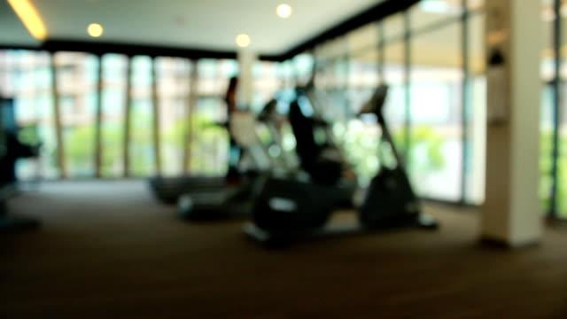 defocused: health club - blurred motion bildbanksvideor och videomaterial från bakom kulisserna