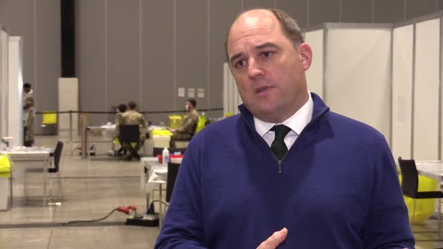 health secretary ben wallace visits the covid testing centre set up and staffed by the army at the liverpool arena. he talks about the success of the... - ben wallace stock videos & royalty-free footage