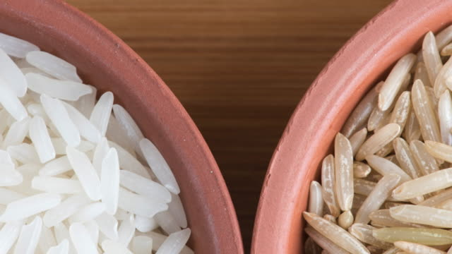 Healthy Eating: comparison of white rice and brown rice