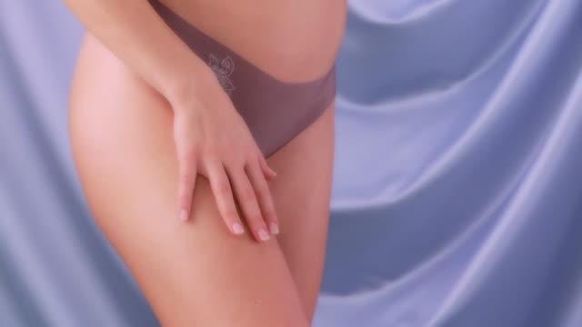 vidéos et rushes de de soin de la peau - limb body part