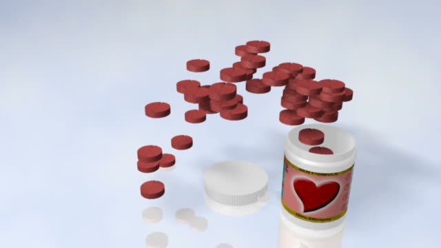 vídeos de stock e filmes b-roll de coração comprimido - vitamina a