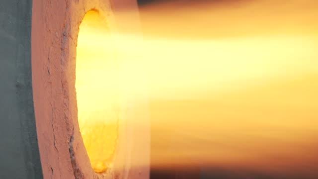 vídeos y material grabado en eventos de stock de heat of melting - bronceado