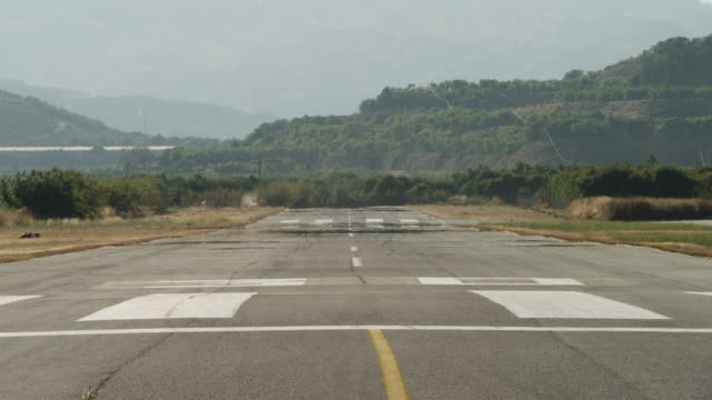 LS heat shimmer on runway, RED R3D 4K