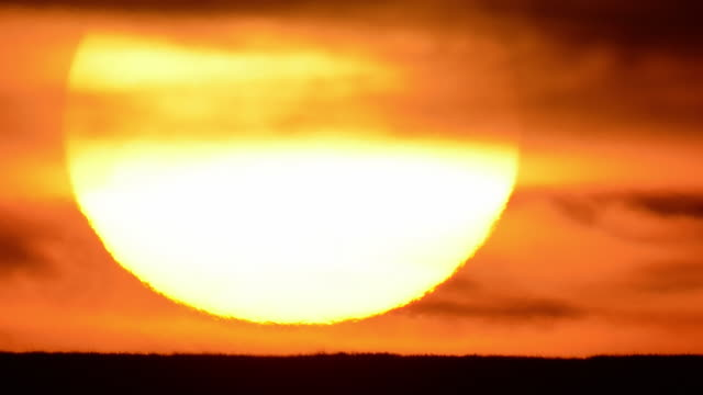 heat - sunset stock videos & royalty-free footage