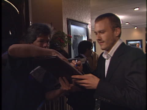 Heath Ledger at the The Ring Premiere at Bruin Westwood in Westwood CA