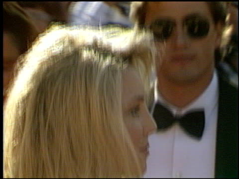 heather locklear at the 1993 emmy awards entrances and press room at the pasadena civic auditorium in pasadena california on september 19 1993 - anno 1993 video stock e b–roll
