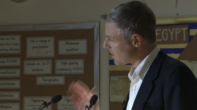 Zac Goldsmith resigns Statement cutaways ENGLAND London Barnes PHOTOGRAPHY *** Zac Goldsmith MP into room and addressing constituents / Goldsmith...