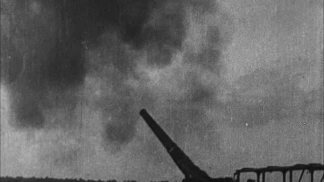 vídeos y material grabado en eventos de stock de heavy artillery fires / france - campo de batalla
