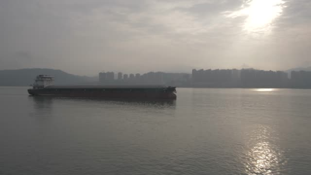 heavy barge on yangtze river near chongqing, people's republic of china, asia - barge stock videos & royalty-free footage