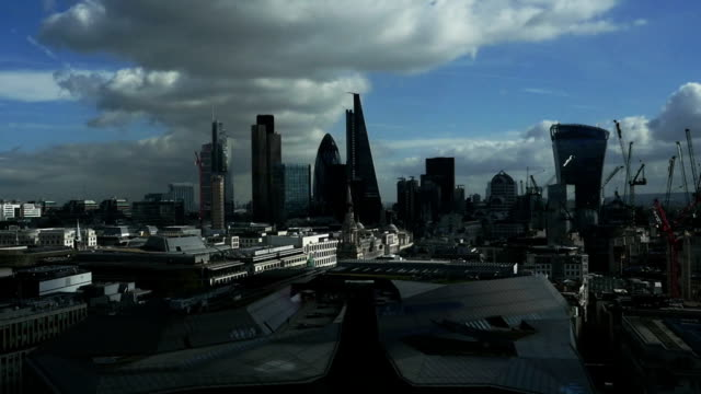 t/l heavy clouds over the city of london - city of london stock videos & royalty-free footage