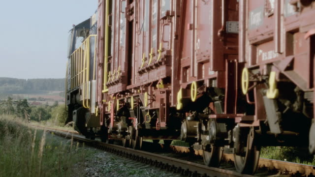 ds heavy freight train picking up speed - letterbox format stock videos & royalty-free footage