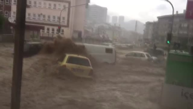 heavy rain causes floods in mamak district of ankara turkey on may 05 2018 ankara was hit saturday by a sudden flood which was caused by heavy... - 2018 stock-videos und b-roll-filmmaterial