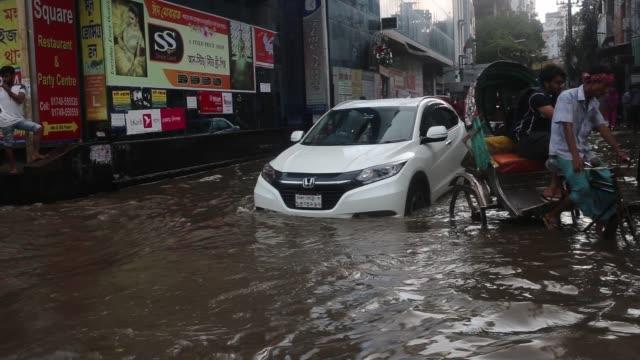 heavy rain in dhaka bangladesh on september 29 2019 - bangladesh stock videos & royalty-free footage