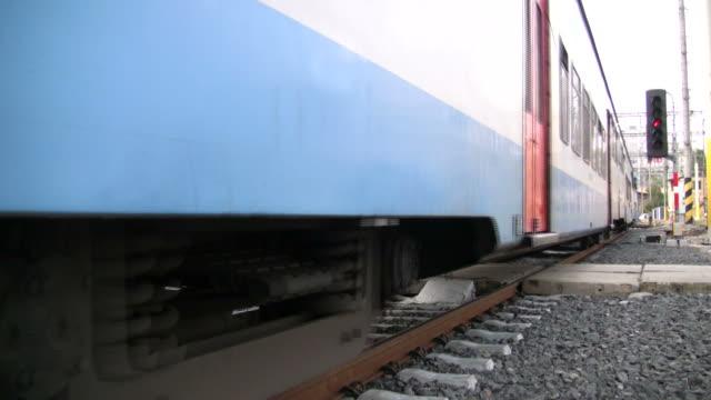 (HD1080i) Heavy Train passes, Shakes Platform and Camera