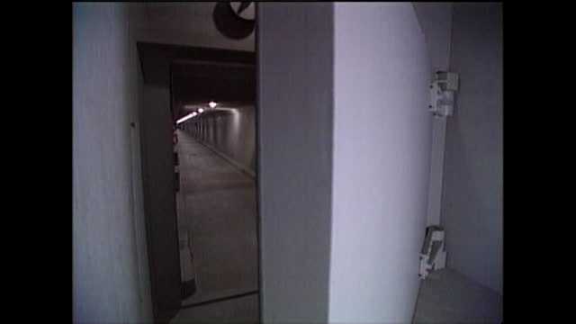 heavy us nuclear bunker blast door being opened; 1995 - bomb shelter stock videos & royalty-free footage