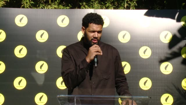 vídeos de stock e filmes b-roll de speech hebru brantley at art for amnesty's pregolden globes recognition brunch in los angeles ca - prémio globo de ouro