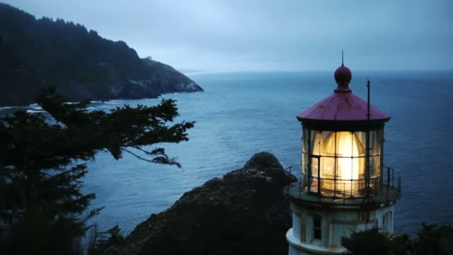 ms, heceta head lighthouse, yachats, oregon - heceta head stock videos & royalty-free footage