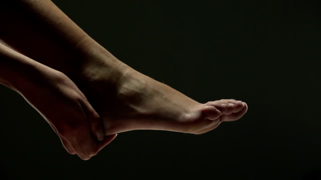heel pain - rubbing stock videos & royalty-free footage