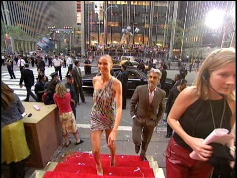 heidi klum arrives to the 2000 mtv video music awards. - 2000 stock videos & royalty-free footage