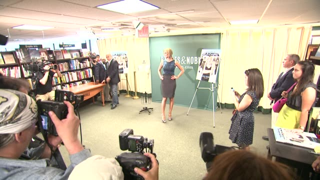 heidi klum at heidi klum heidi klum signs copies of project runway the show that changed fashion at barnes noble 5th avenue on july 13 2012 in new... - barnes & noble stock videos & royalty-free footage