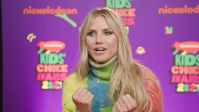 heidi klum at nickelodeon's kids' choice awards 2021 - arrivals on march 13, 2021. - choice stock videos & royalty-free footage