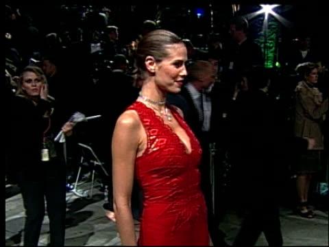 heidi klum at the 2002 academy awards vanity fair party at morton's in west hollywood, california on march 24, 2002. - ハイディ・クルム点の映像素材/bロール