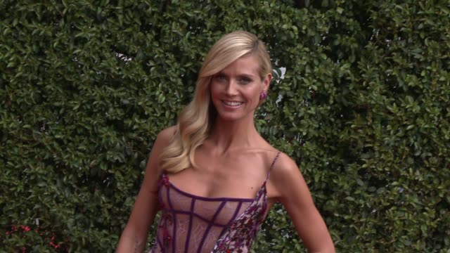 heidi klum at the 2015 creative arts emmy awards at microsoft theater on september 12 2015 in los angeles california - emmy awards stock-videos und b-roll-filmmaterial