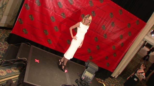 heidi klum at the 67th annual peabody awards at new york ny. - 2008 stock-videos und b-roll-filmmaterial