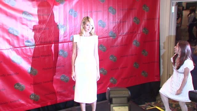 heidi klum, nina garcia at the 67th annual peabody awards at new york ny. - 2008 stock-videos und b-roll-filmmaterial