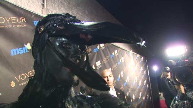 vidéos et rushes de heidi klum's 10th annual halloween party los angeles ca 10/31/09 - paris hilton