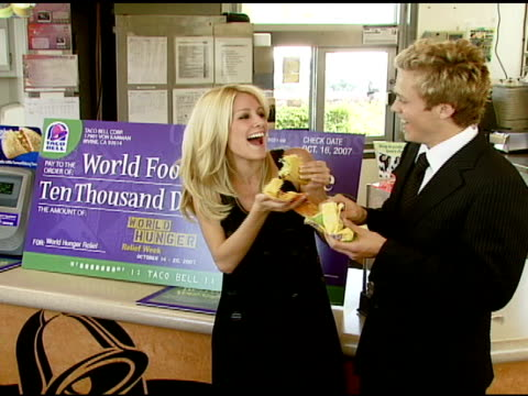 heidi montag and spencer pratt at the taco bell provides 'reality check' on global hunger issue with stars of mtv's 'the hills' at null in hollywood... - mtv stock videos & royalty-free footage